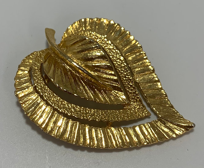 Vintage Gerry's Gold Tone Feather Brooch/Pin