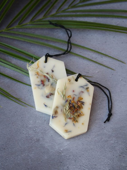 Mythyn - Botanical Scented Wax Tablet - Lemongrass and Cedarwood