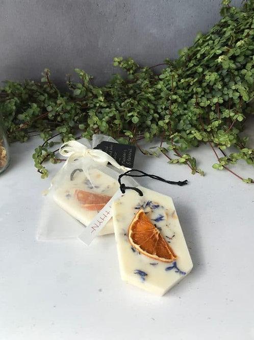 Mythyn -  Scented Wax Tablet - Mandarin, Bergamot & Patchouli
