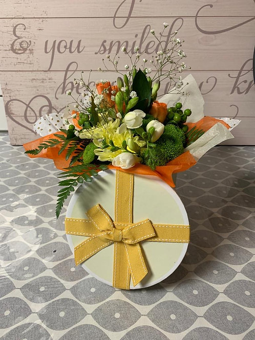 Flower 'hat box' gift bouquet