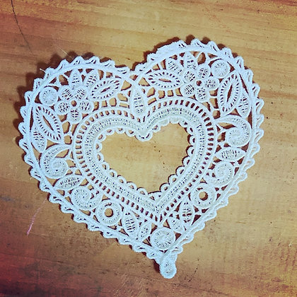 Lace Heart (large)