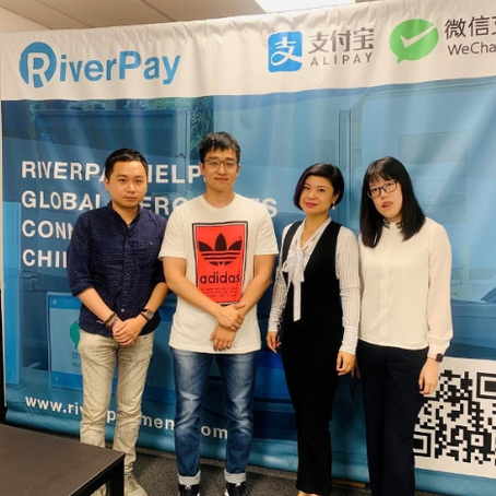 Canadian company giving merchants efficient access to Chinese consumers.
