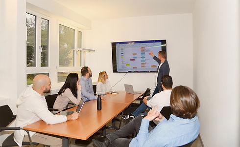 Team Meeting Foto_Photoshooting Huperty_
