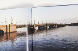 Троицкий мост книга.jpg