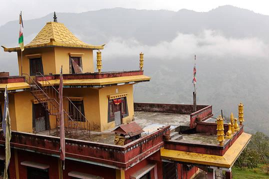 Temple.Khare.16Nov2011.jpg