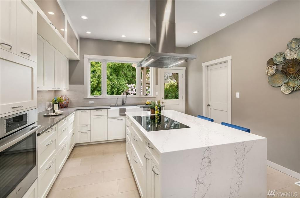 Ultra-modern kitchen with tons of storage