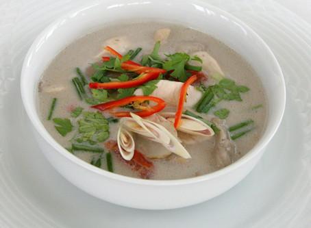 Tom Kha Gai (Hühnersuppe)