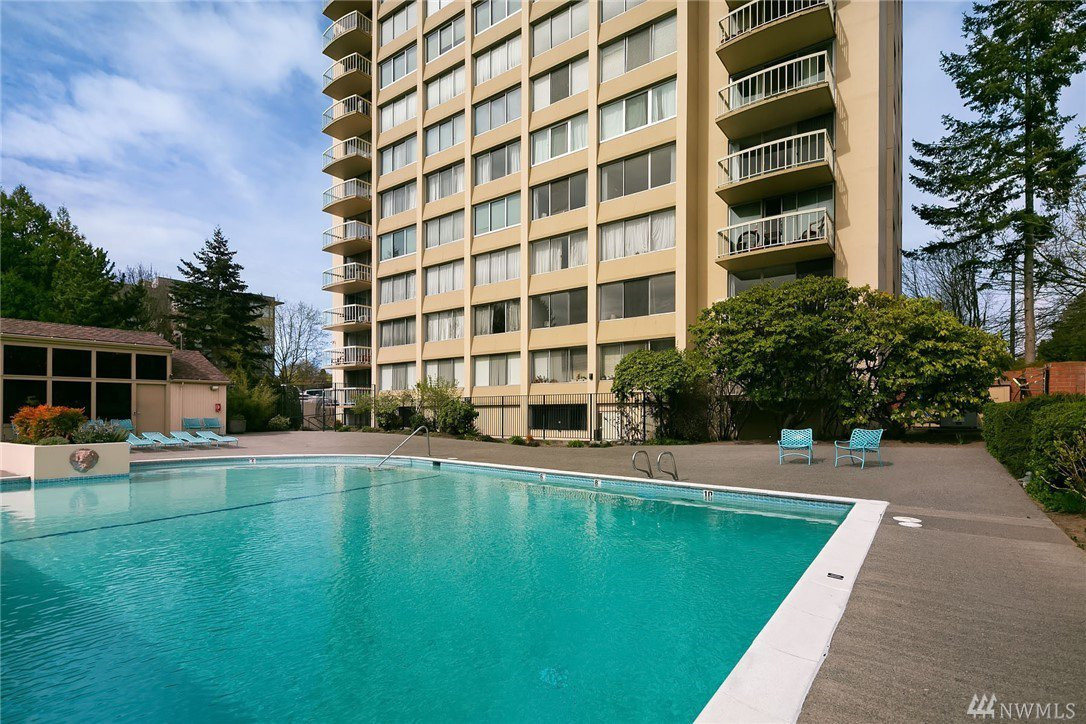 Great building with fantastic amenities including outdoor pool, cabana, gym and more.