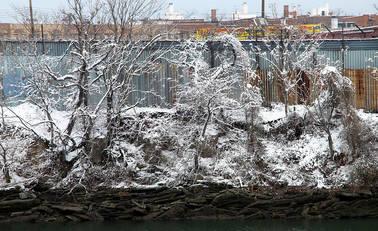 Buildings.WestFarms.snow.20Dec08.jpg