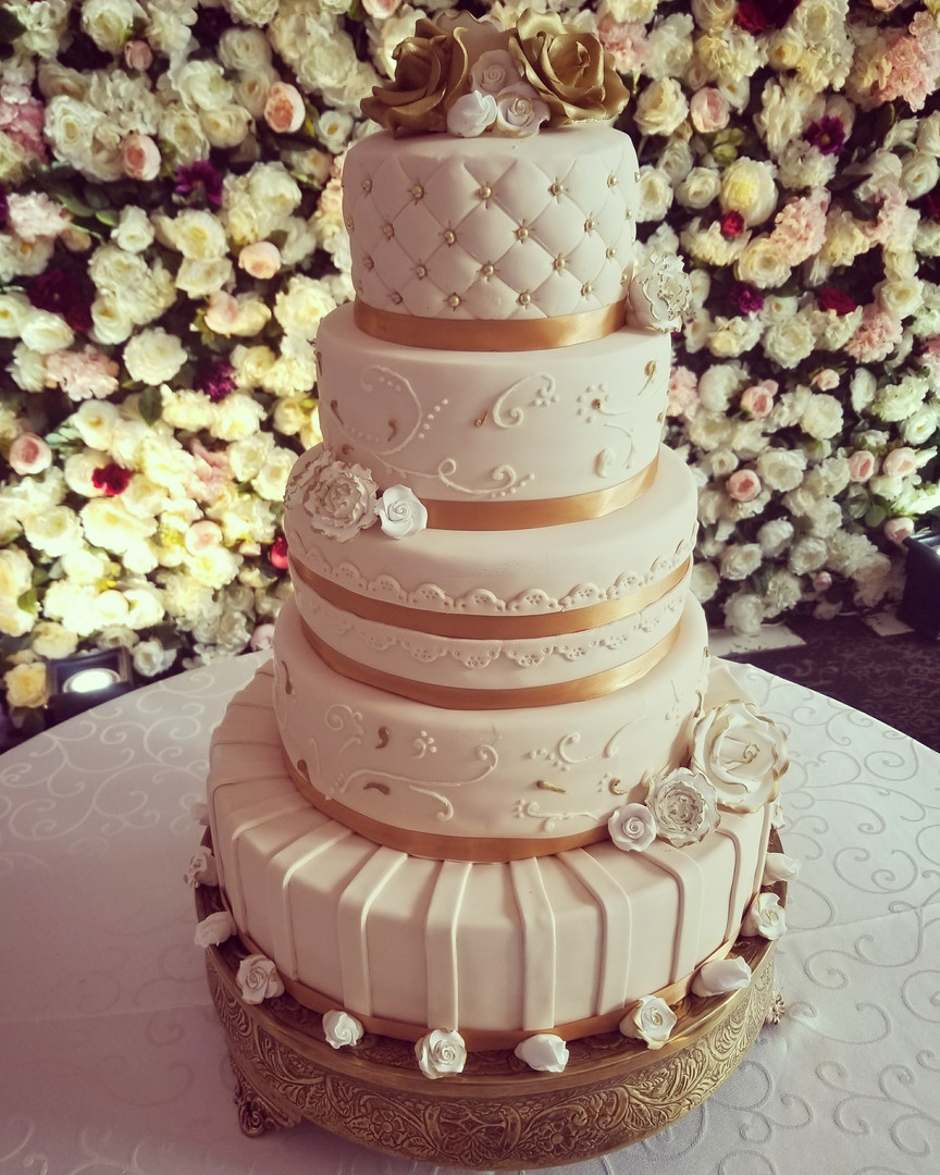 WEDDING CAKE6.jpg