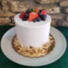 berry bliss cake.jpeg