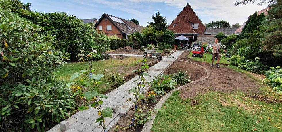Bauablauf Garten 023.jpg