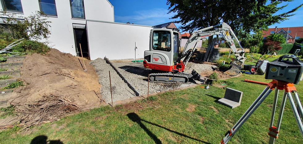 Bauablauf Garten 021.jpg