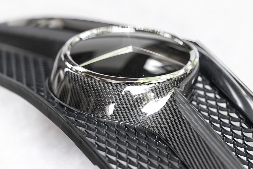 งาน Pure Carbon Fiber กระจังหน้ารถเบนซ์