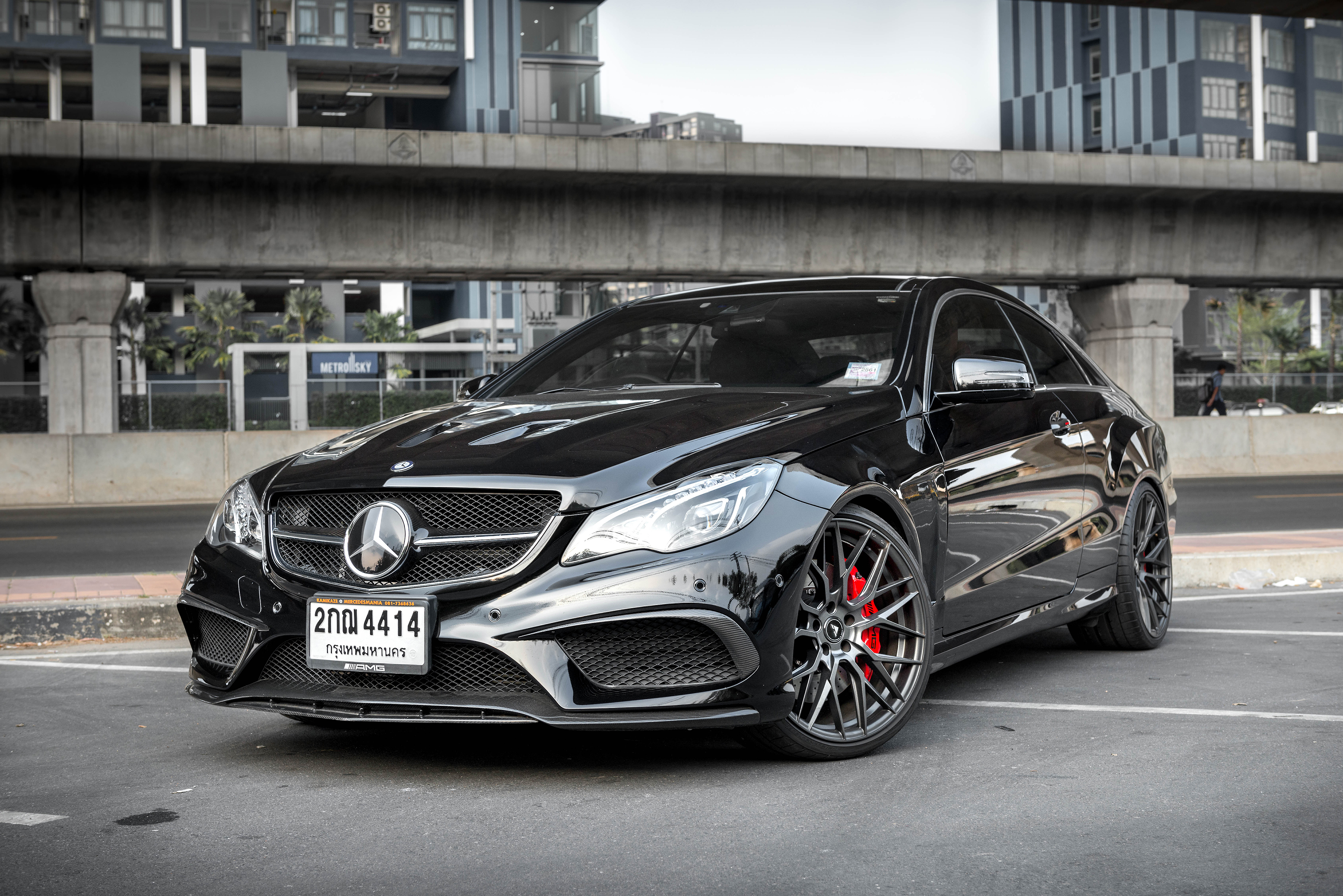 Mercedes carbon fiber front lip