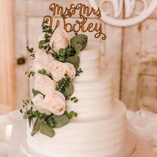 Happy happy wedding day Madison & Bailey