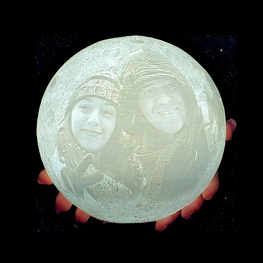 הישראלים הגיעו לירח - תמונה נקי