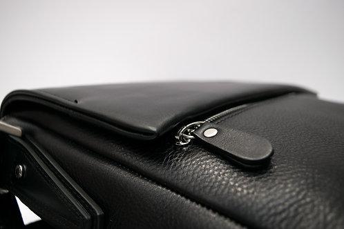 Мъжка чанта през рамо от естествена кожа с дълга дръжка