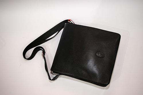 Мъжка чанта от естествена кожа с дълга дръжка