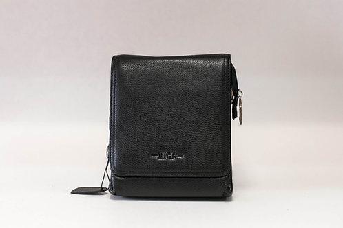 Малка мъжка чанта от естествена кожа с капак