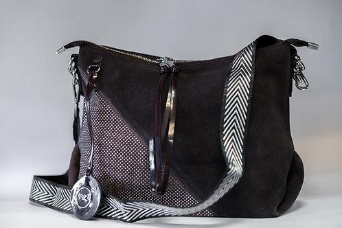 Дамска чанта от изкуствена еко кожа в комбинация от естествен велур и лак