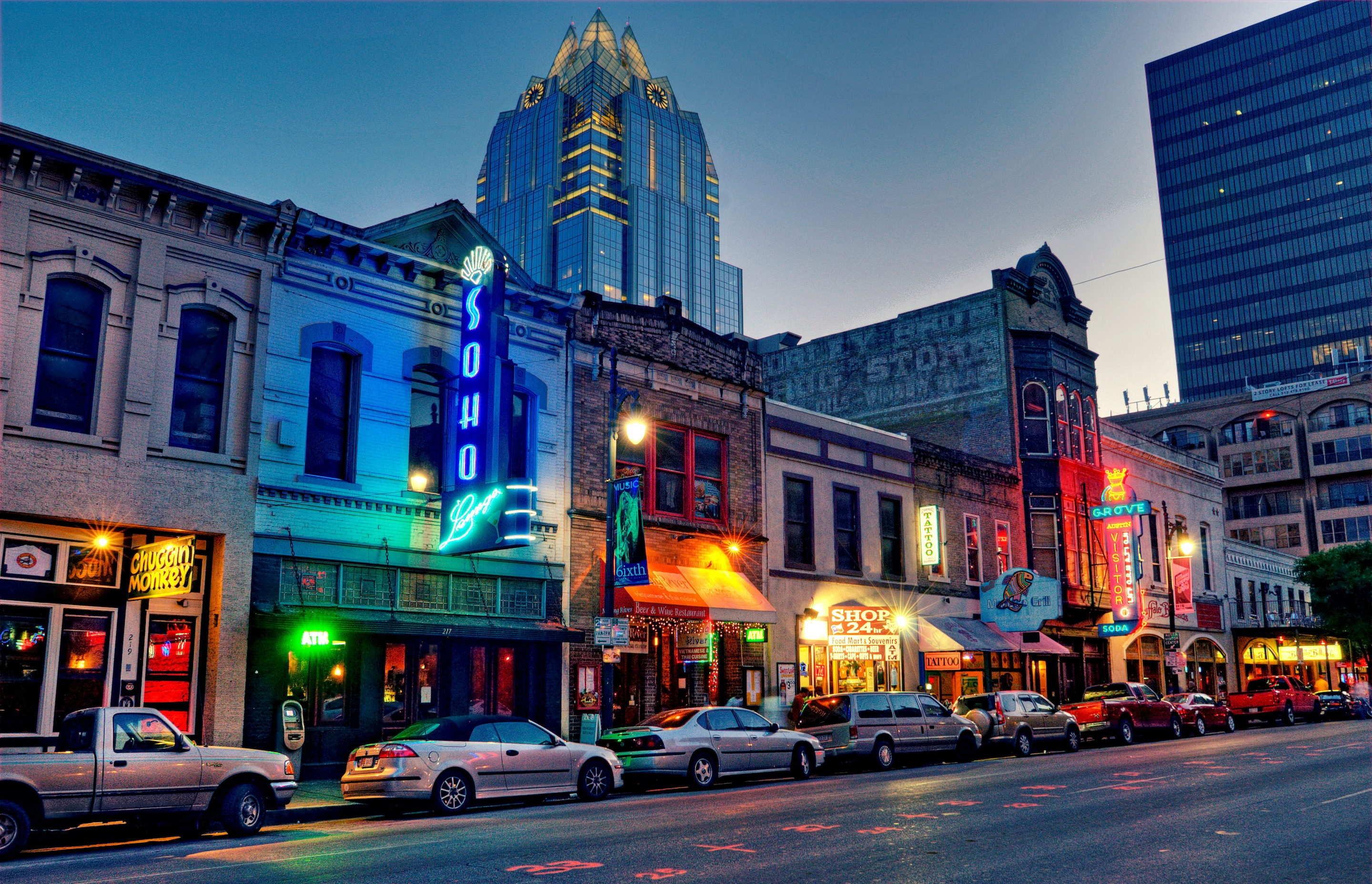 austin-sixth-street-texas-nightlife