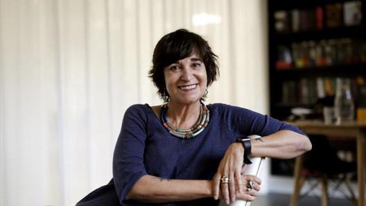 La escritora y periodista española, Rosa Montero, nos visitó por Zoom para hablar de escritura.