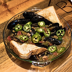 Green Chili Mussels