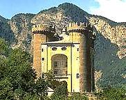 Aosta Castillo di Aymavilles  - Excursión tour por Aosta - Liudmila, guía turística oficial en Italia, excursiones - es.italtour.org