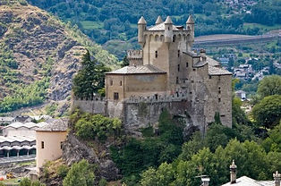 Aosta - Chateau de Saint Pierre - Людмила Гид в Аосте, экскурсии - www.italtour.org