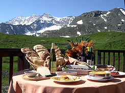 Gastronomic tours in Piedmont, Italy - Liudmila guide in Turin, excursions - en.italtour.org