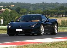 Circuito de Monza - Conducir un Ferrari o Lamborghini en el circuito de Fórmula 1 - Liudmila, guía turística oficial en Italia, excursiones - es.italtour.org