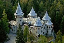 Aosta Castillo Savoia en Gressoney - Excursión tour por Aosta - Liudmila, guía turística oficial en Italia, excursiones - es.italtour.org