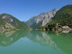 Komani, Albania
