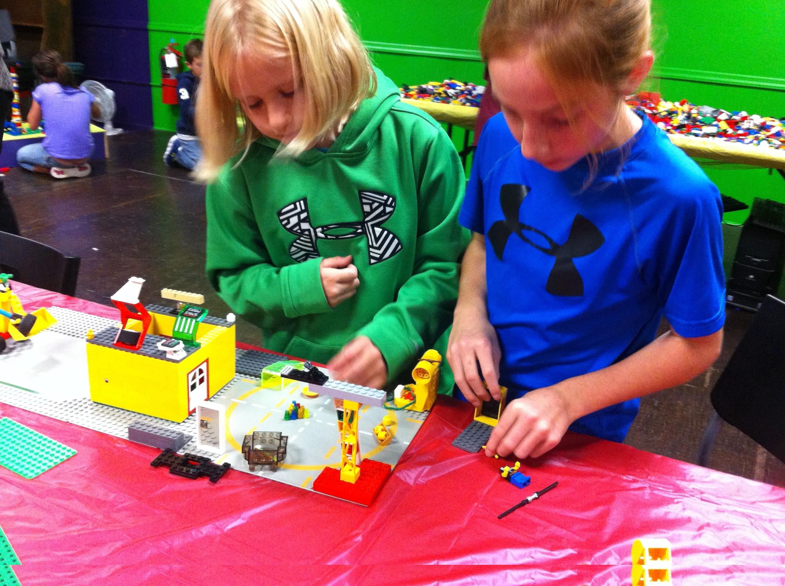 Lego Maniacs Jr.
