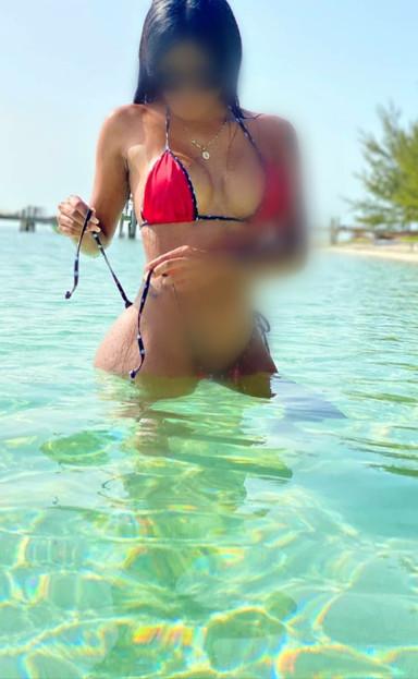Catalina | Bahamas Escorts