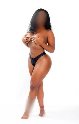 Lisa | Brunette Bahamas Escorts