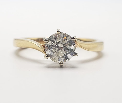 14KY Diamond Solitaire Engagement Ring