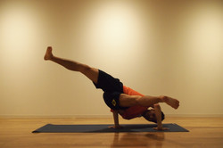 TAKASHI SHIMIZU yoga05
