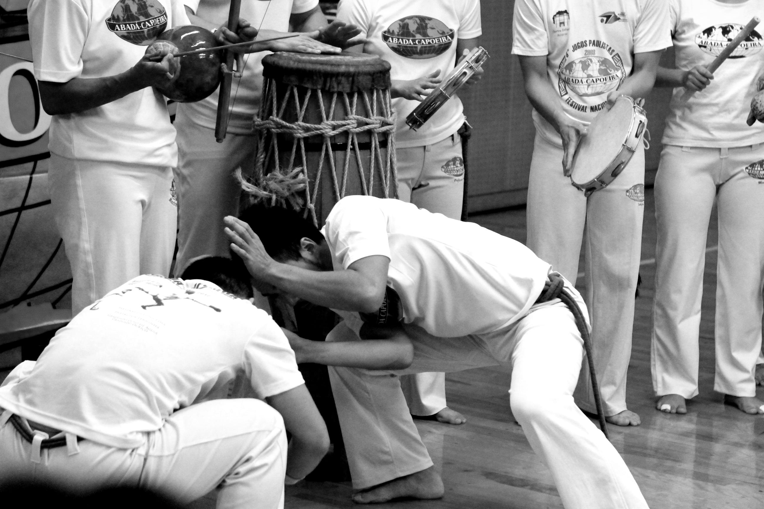 TAKASHI SHIMIZU capoeira02
