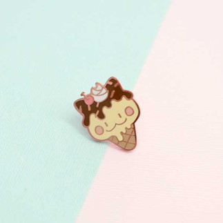 Fudge Cat Enamel Pin