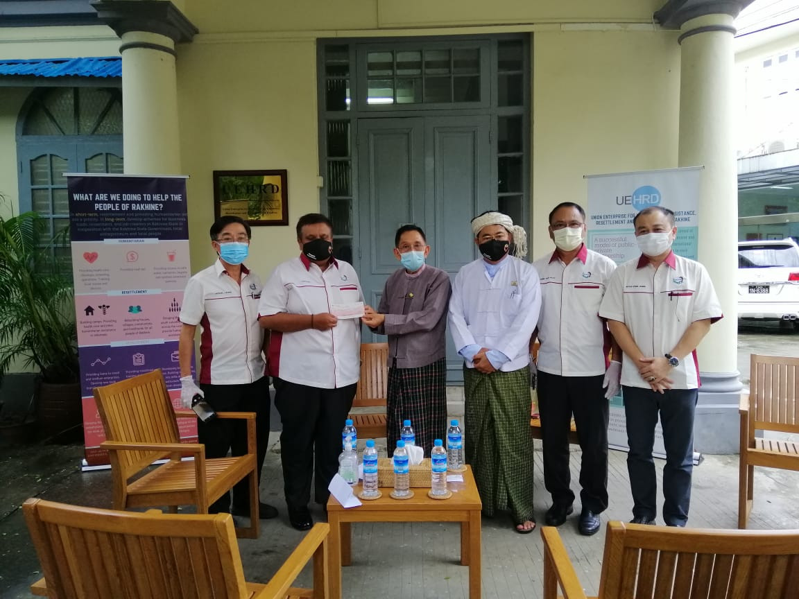 Diplomatic and International Golfer Association of Yangon (DIGAY) donated for COVID-19 relief efforts