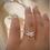 Thumbnail: טבעת פרפר משובצת