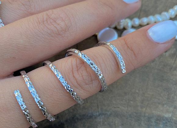 טבעת ספירלה יהלום