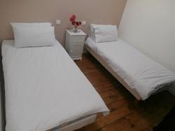 gite-twin-bedroom