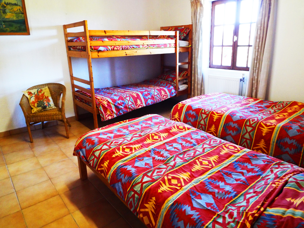sapin-family-bedroom15