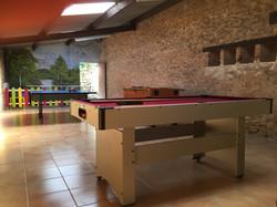 games room at La Croix Liaud