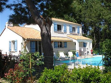 La Tranche sur mer 5 bedroom villa, heated pool, Vendee