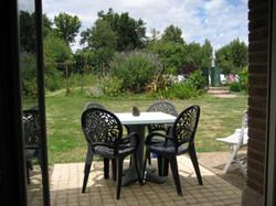 farmh_kitchen_patio