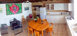 2Frene-kitchen-lounge-1